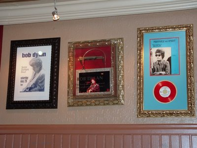 Hard Rock Cafe Paris 08 Bob Dylan.jpg