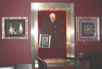 Hard Rock Cafe Paris 12 Jimi Hendrix.jpg