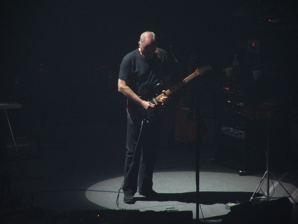 David Gilmour Paris Olimpia 16.03.jpg
