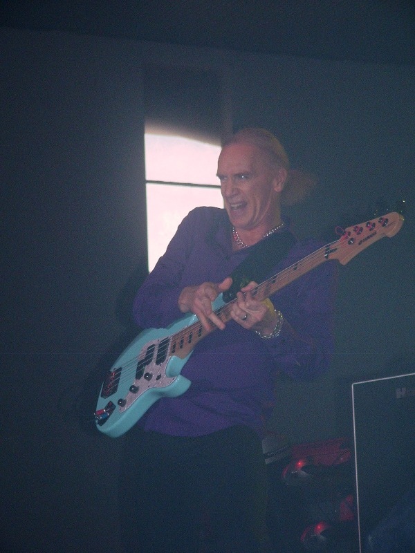 Mr. Big 15.06.2011 Festivalna 030 Billy Sheehan.jpg