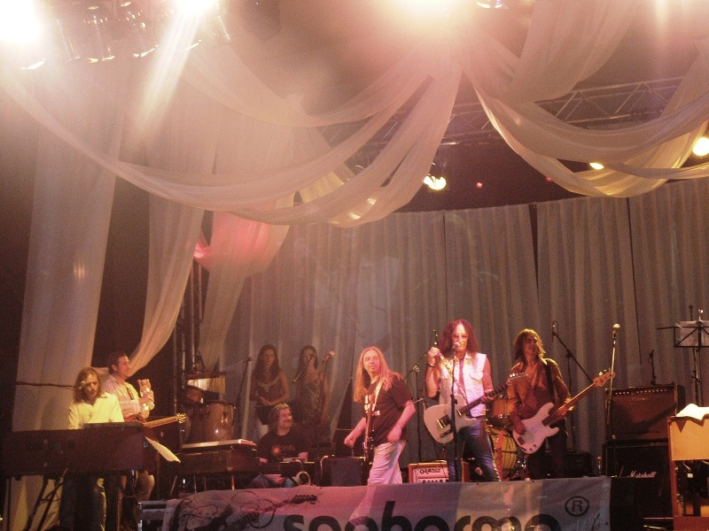 Sunrize with Ken Hensley, Sofia, PSArmia 24.06.2011 030 Small.jpg