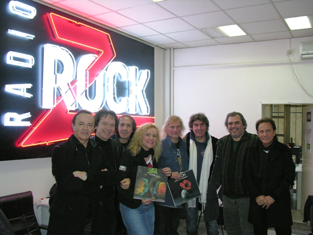 Pooh in Z-Rock with Fans.JPG