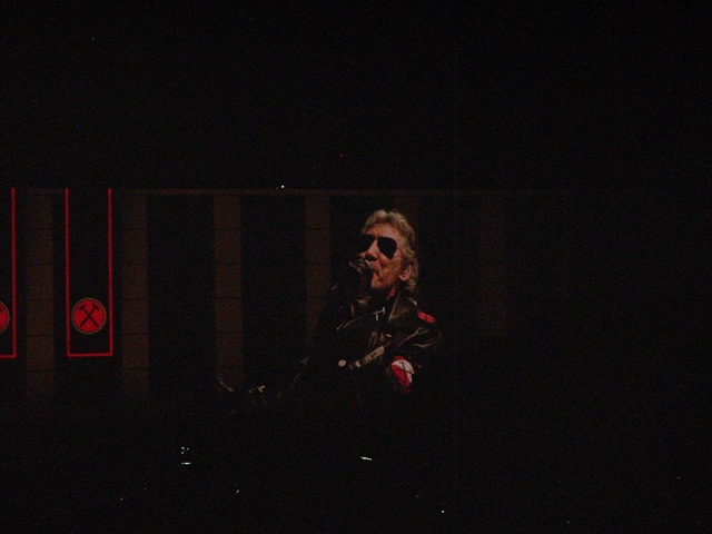 Roger Waters - The Wall Sofia 093 Small.jpg