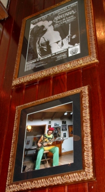 Hard Rock Cafe Barcelona 05 Santana.jpg